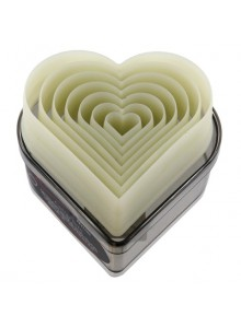 Formelės 7 vnt. širdelės pjaust. plast. De BUYER